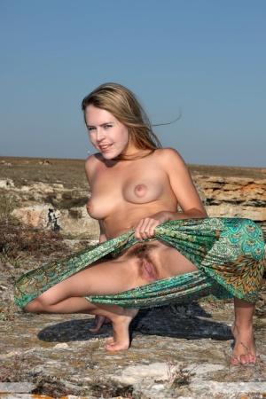 Hairy Beach Women Porn