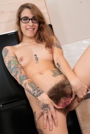 Hairy Redhead Women Porn