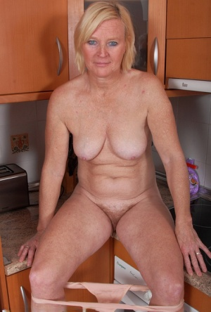 Hairy Wife Women Porn